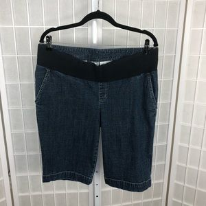 Duo Maternity Jean Shorts Size Large